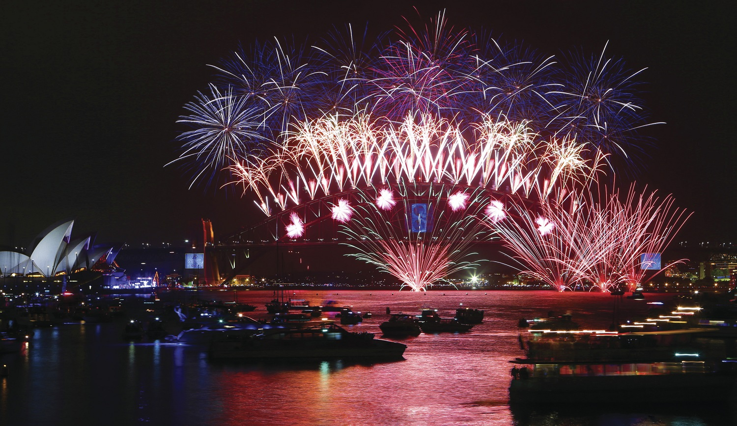 PLAN YOUR TRAVEL FOR A CRACKER NEW YEAR'S EVE